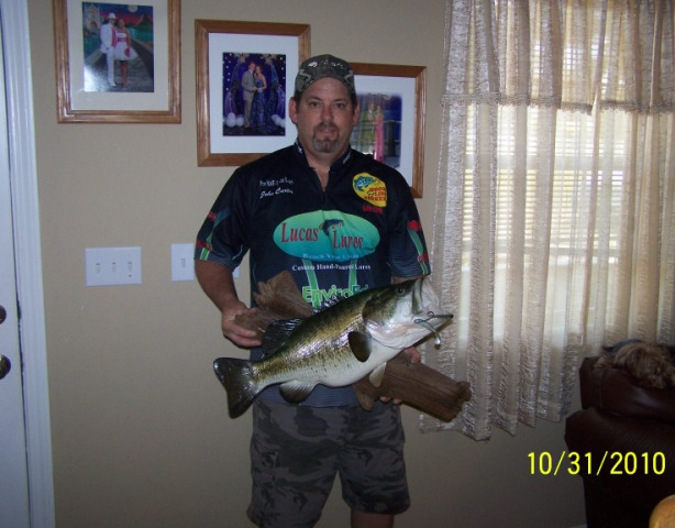 J. Carter - Mounted Largemouth.jpg?13264